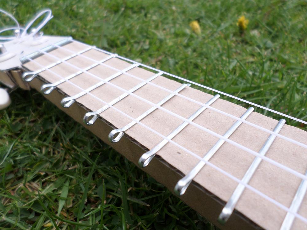 cardboard-ukulele5