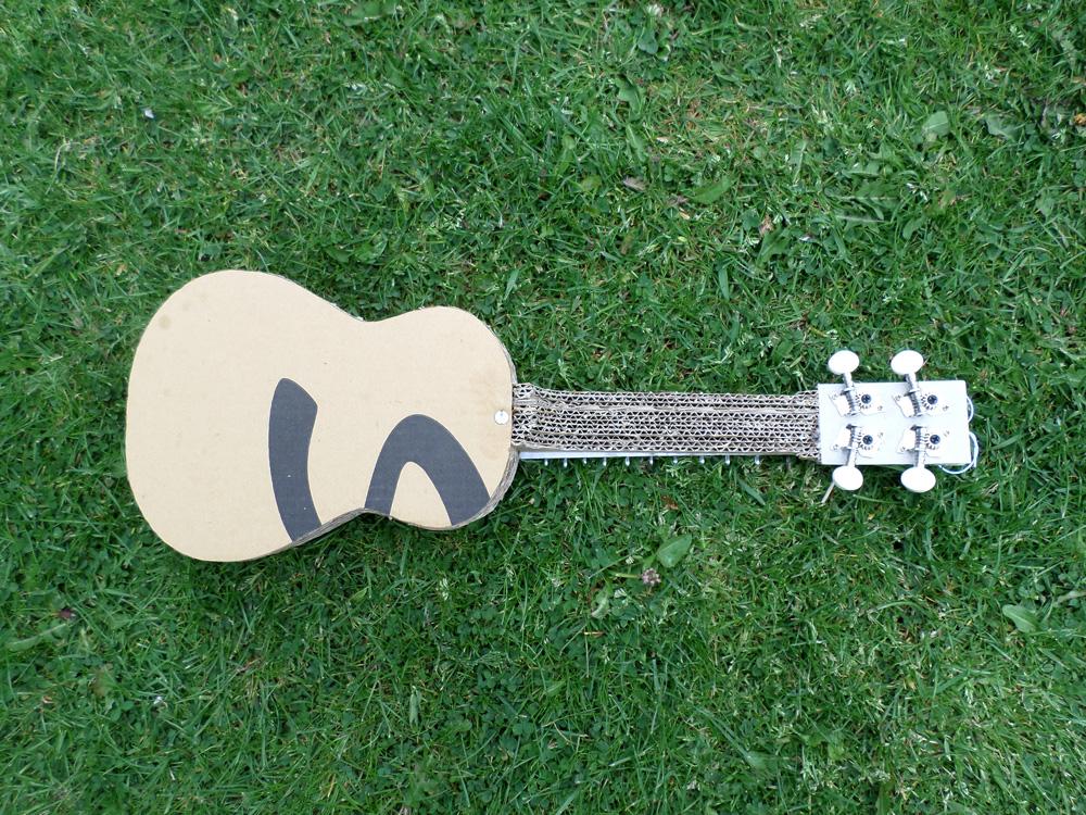cardboard-ukulele9