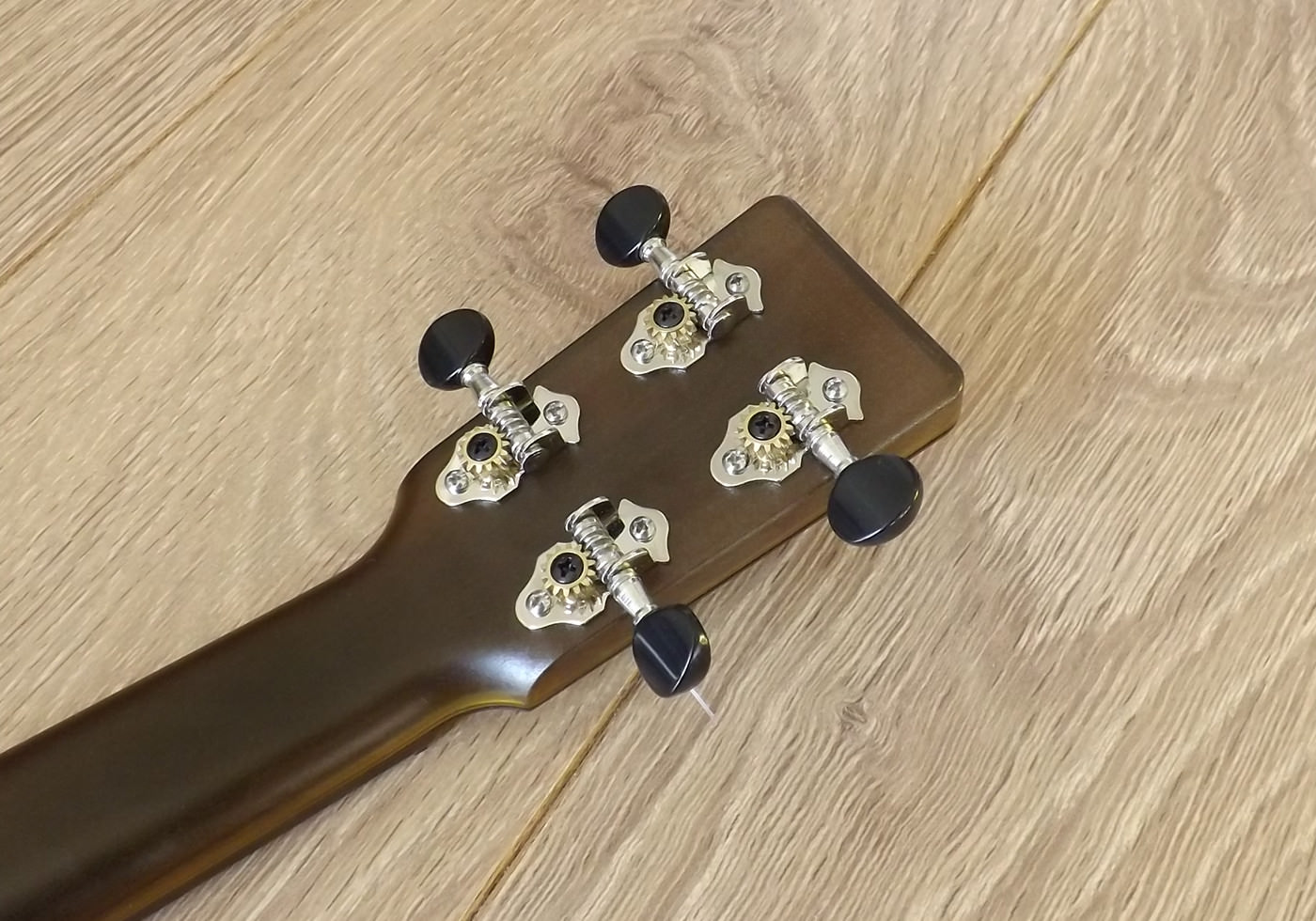 outdoor tenor ukulele grover tuners